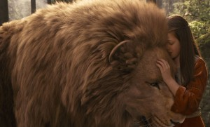http://shoutitforlife.com/wp-content/uploads/2013/05/Aslan-and-lucy.jpg