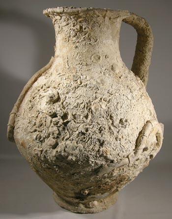 http://ancientartifax.com/images/roman_sea_encrusted_amphora.jpg