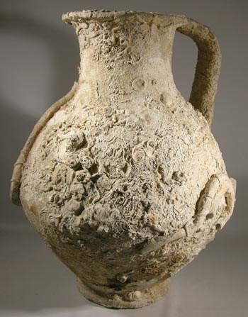 http://ancientartifax.com/images/roman_sea_encrusted_amphora.jpg